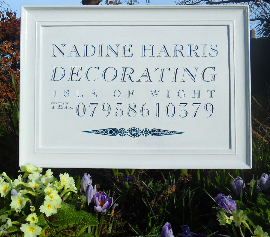 Nadine Harris Decorating, Quality Painters and Decorators covering Totland, Freshwater, Yarmouth and the whole Isle Of Wight. If you are looking for a tidy and reliable decorator then ring Nadine on 07958610379